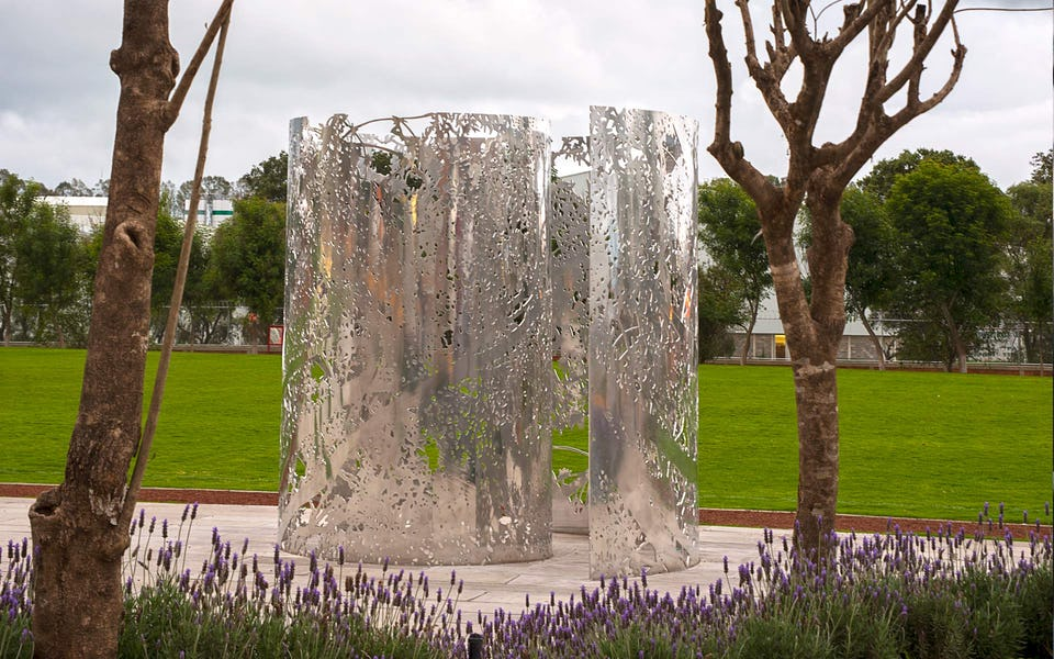 POLISHED ALUMINUM SCULPTURE FABRICATED BY ZAHNER FOR JAN HENDRIX