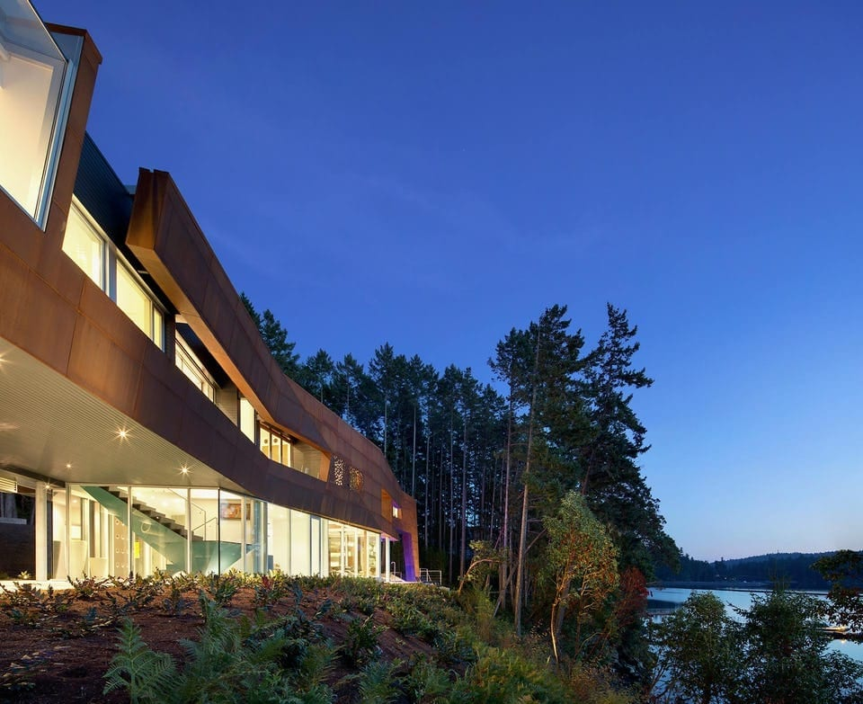 GULF ISLANDS RESIDENCE IN VANCOUVER FEATURING SOLANUM STEEL.