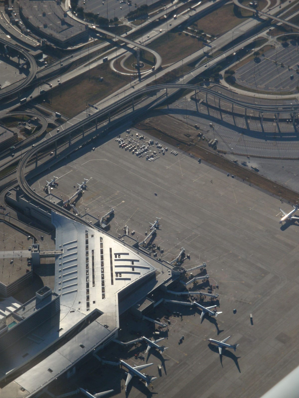 Aerial photograph of the DFW Terminal D.