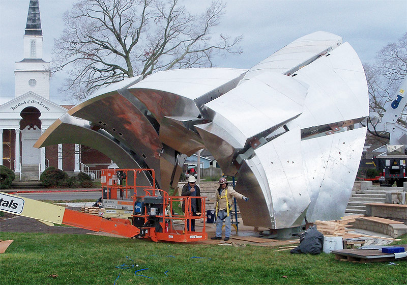 Zahner installation crew installs the fabricated ZEPPS components for the Medwedeff sculpture