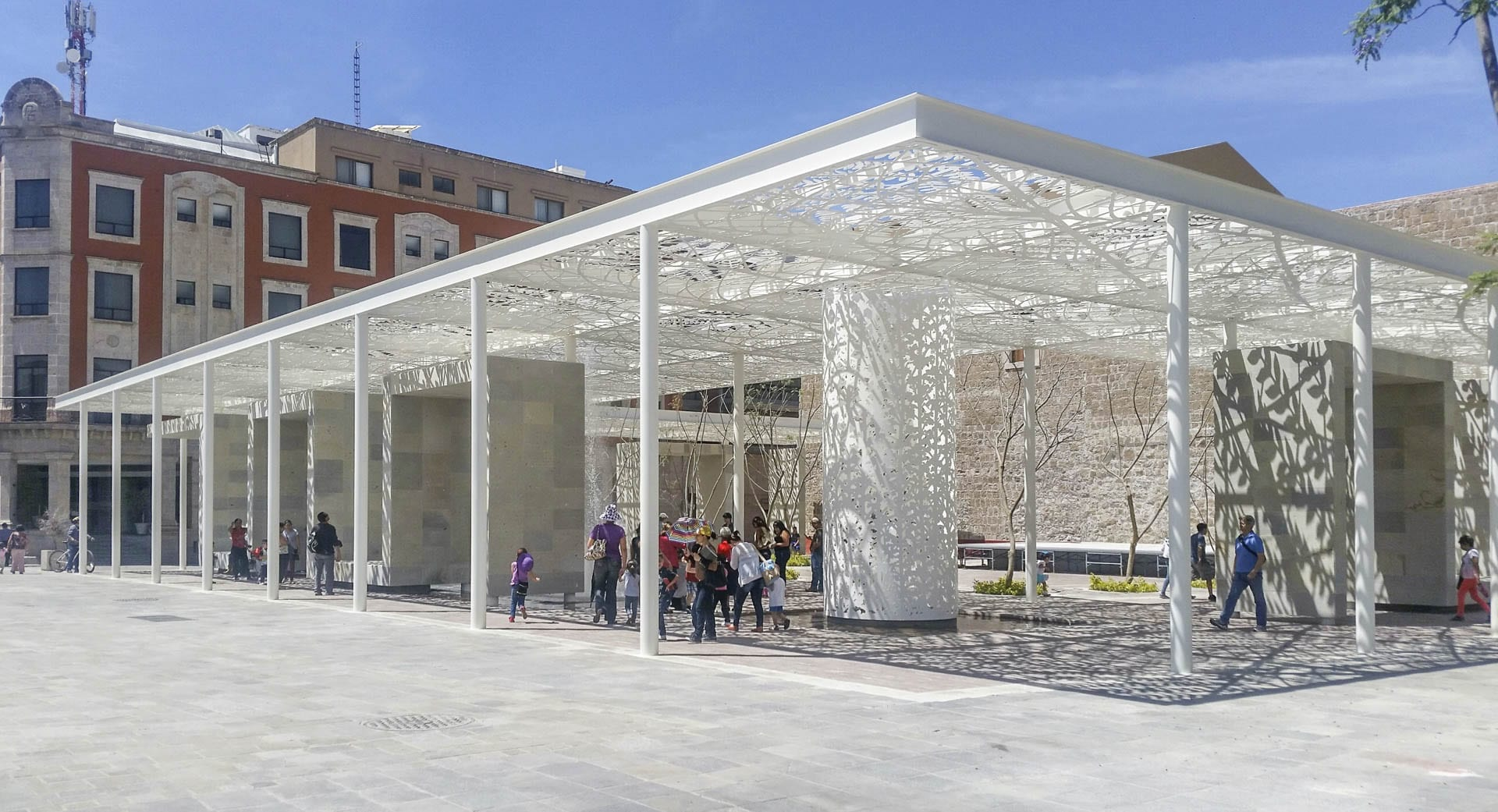 Sunlight filters through the Jan Hendrix-designed canopy at Aguascalientes.