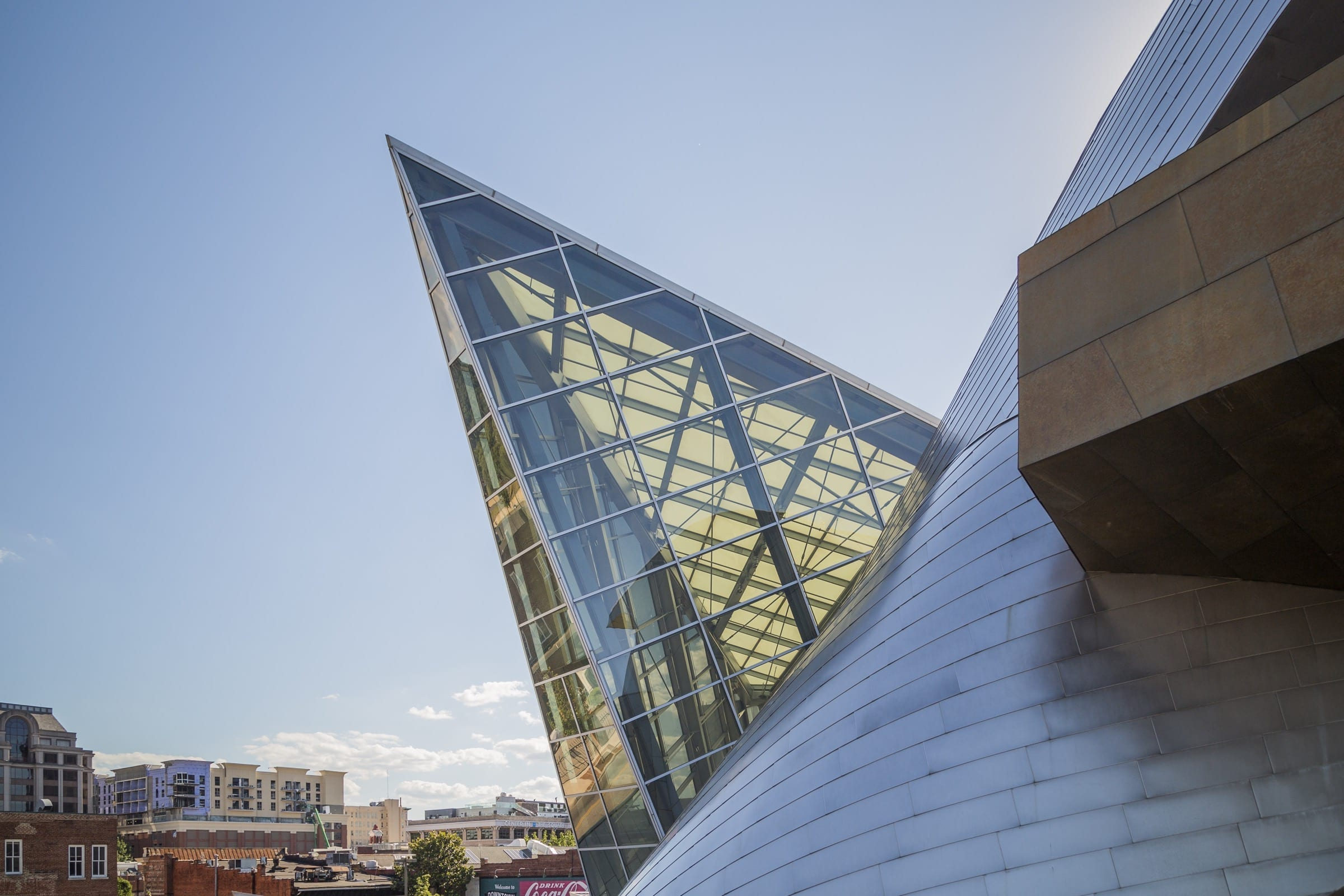 Detail of the Taubman Museum's glass, steel, and zinc facade and building enclosure.