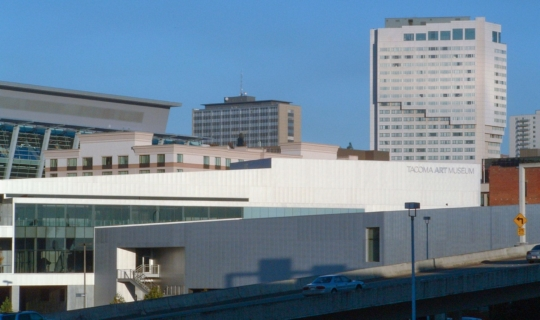 View of the Tacoma Art Museum from across the Internstate in Tahoma.